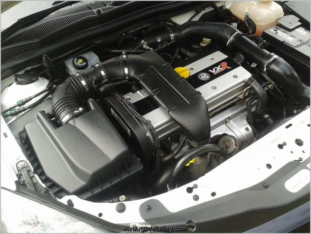 2010 Vauxhall Astra VXR – engine bay detail | RGK Detailing – Blog